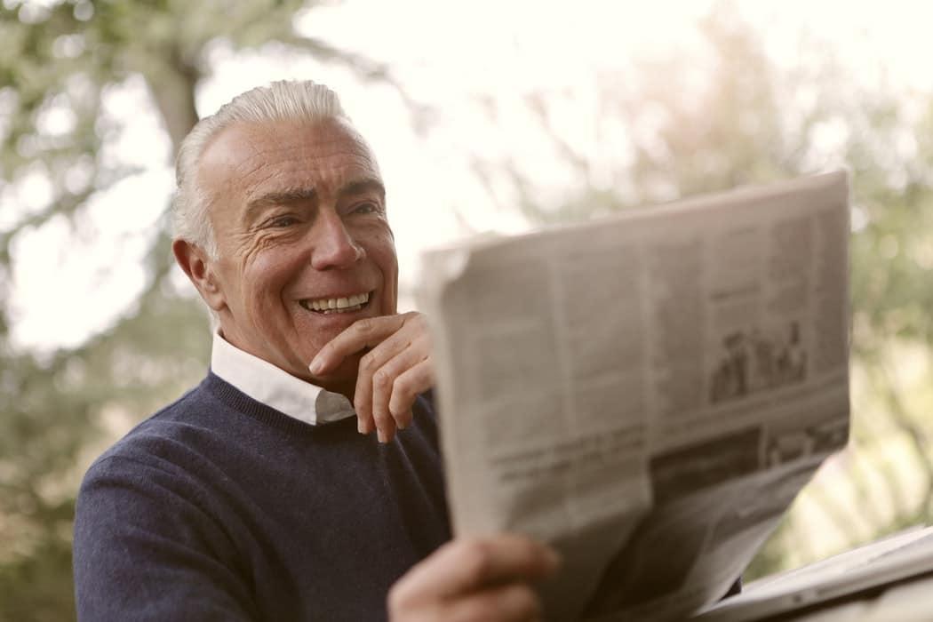 Man reads newspaper